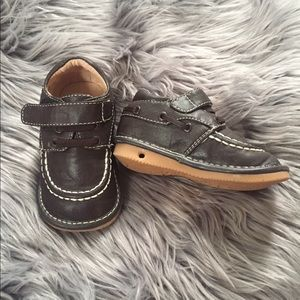 EUC leather oxford toddler shoes